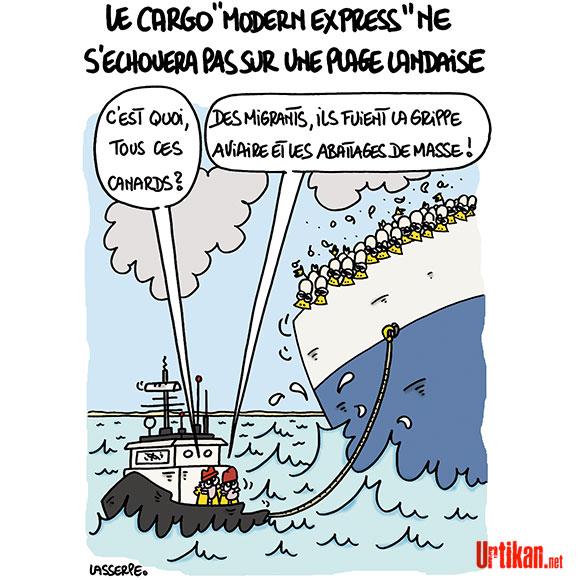 Le cargo « Modern-Express » est sorti de la zone maritime française - Dessin de Lasserpe