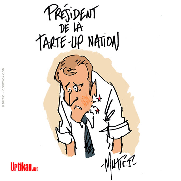 Emmanuel Macron giflé dans la Drôme - Dessin de Mutio